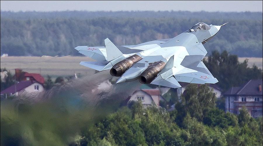 Истребитель Т-50 обеспечит технологический паритет России